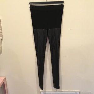 Aritzia vegan leather leggings BLACK